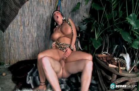 Сексуальная нимфа Daylene Rio соблазнила путника на порно #6