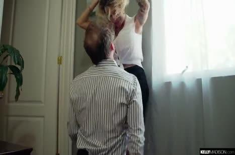 Гламурная барби Kelly Madison жестко шпилится с мужем