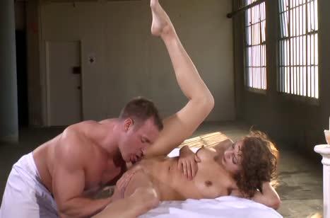 Симпотная Lexi Bloom не устояла перед соблазном массажиста #5