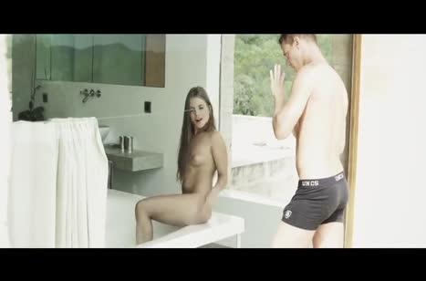 Красотка Alessandra Jane наслаждается романтической оргией #2