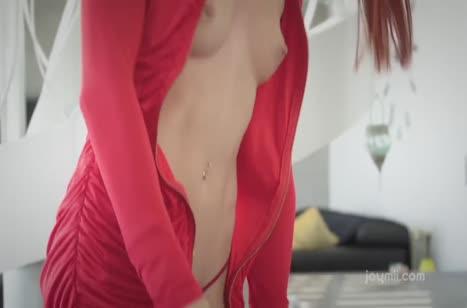 Lovenia Lux примерила эротичное белье и возбудила друга #2