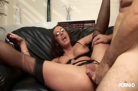 Пухленькая Emma Butt не против анального секса на анале #5