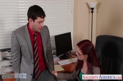Рыжую милашку Penny Pax трахнули прямо в офисном кресле #2