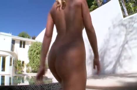 Сисястая Nicole Aniston попала в лапы крепкого мачо #3