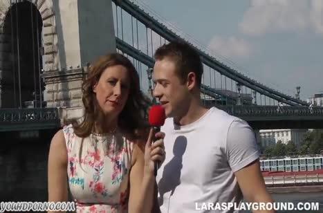 Репортерша Lara Latex всегда готова к сексу